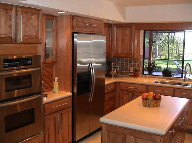 Maple Kitchen With Corian® Aurora Countertops